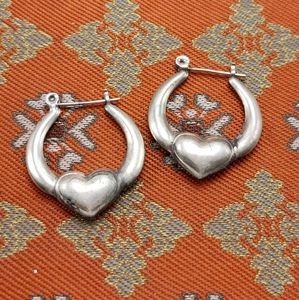Vintage silver hoops hollow heart love